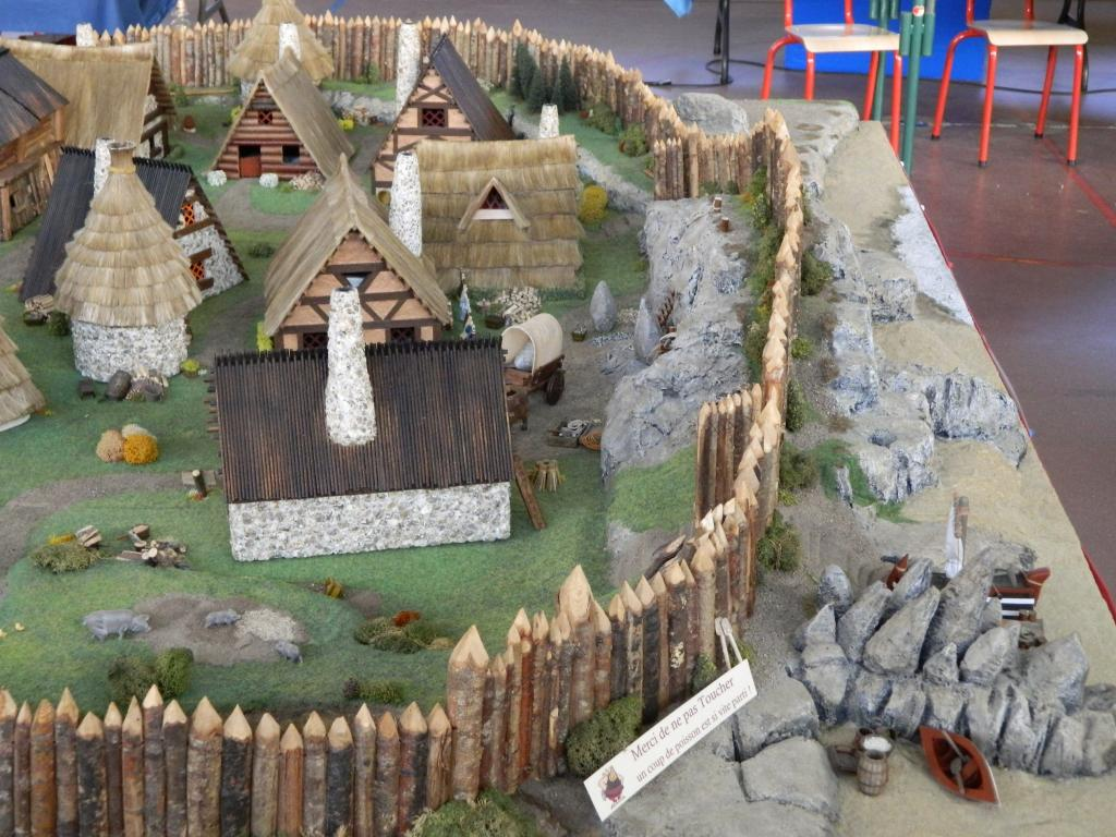 Le Village d'Astérix le Gaulois au 1/40  Dscn2978-3c06c5a