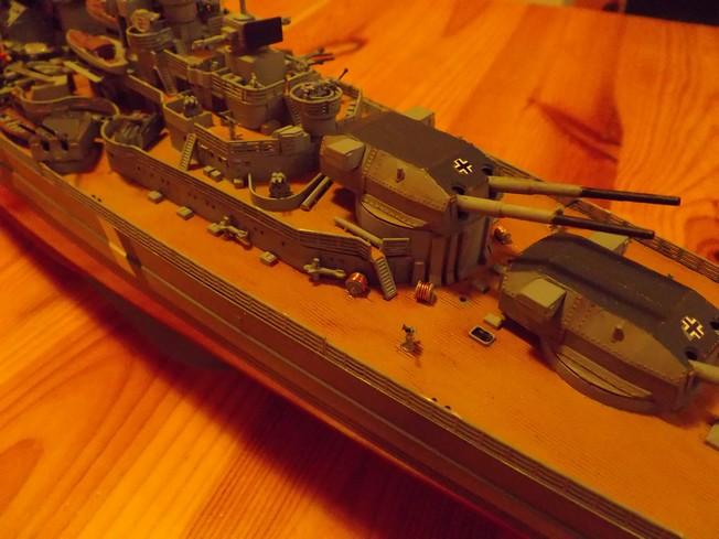 "Battleship ""BISMARCK"" 1/350 Revell - Page 2 5-3cd2cce"